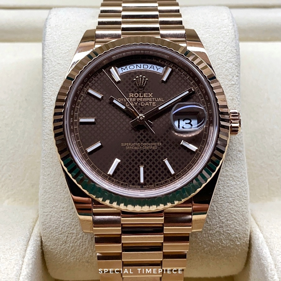 Rolex Day-Date 40 228235 Chocolate Dial